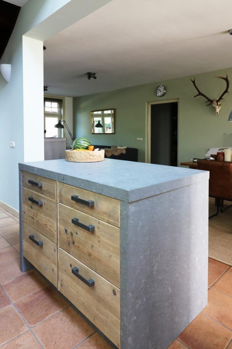 Robuuste keuken, sfeervol interieur | Werkhoven | Esgrado