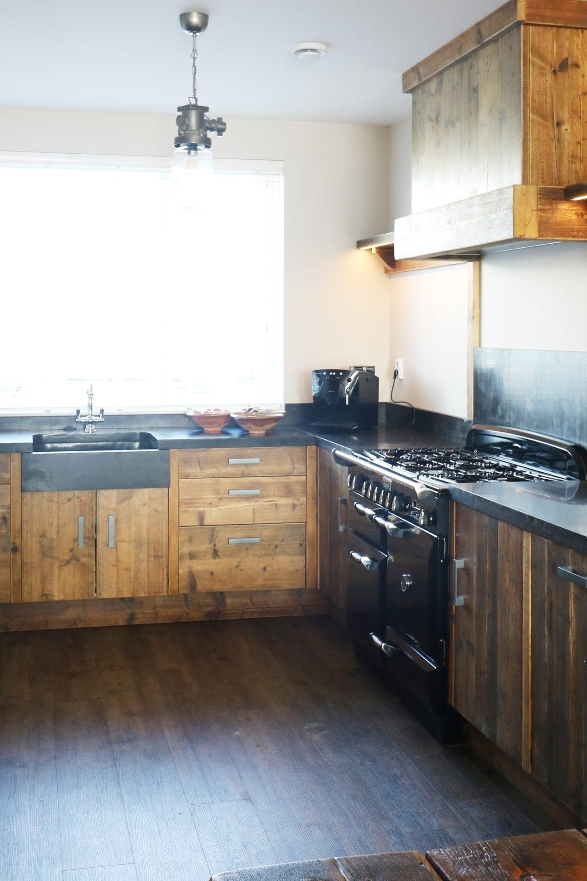 Sfeervolle keuken massief hout | Rijnsburg | Esgrado