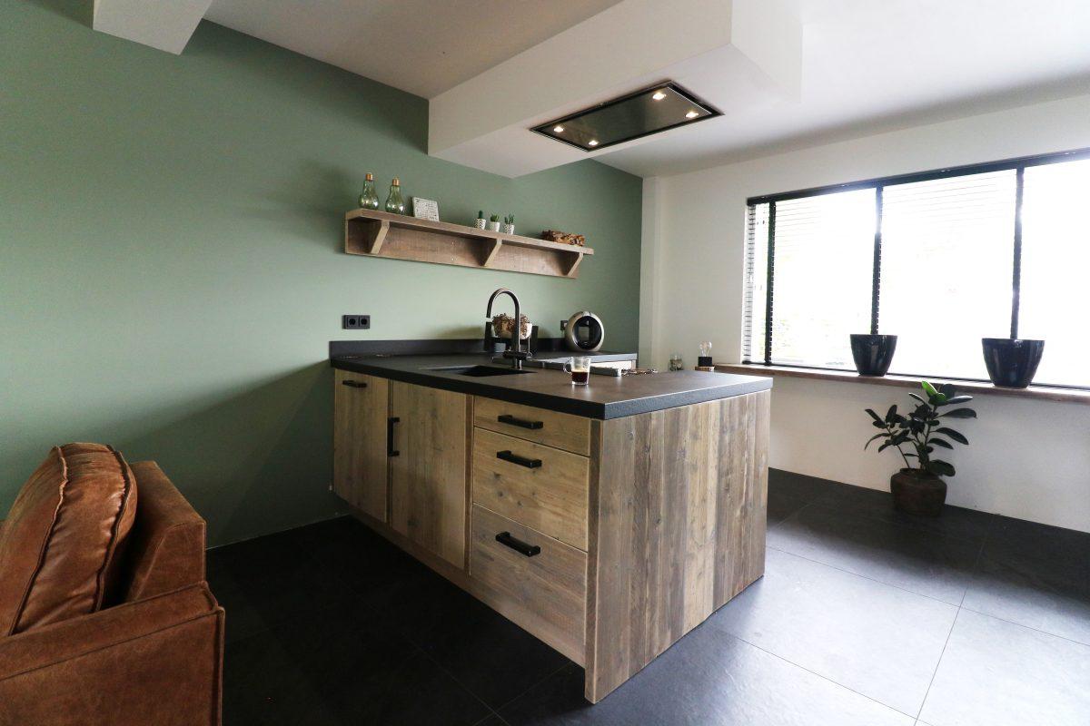Robuuste keuken met kookeiland Ridderkerk | Esgrado