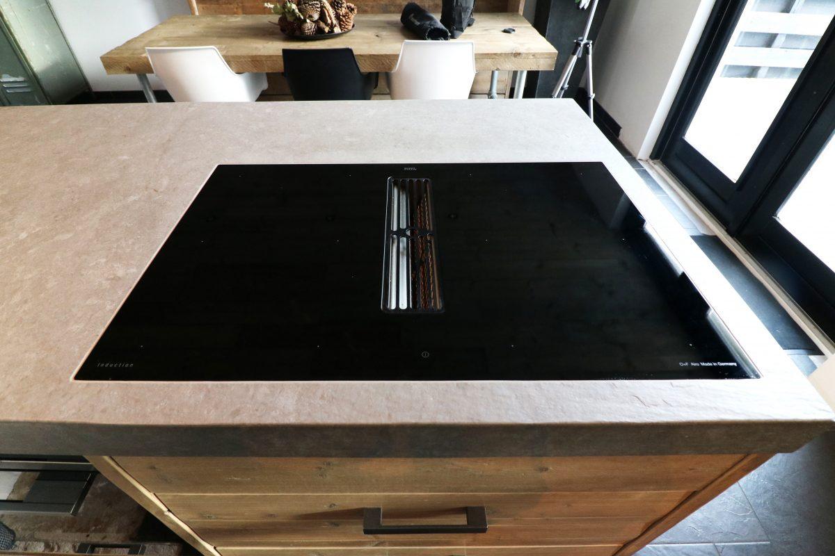 Airodesign inductie kookplaat met integraal afzuigsysteem